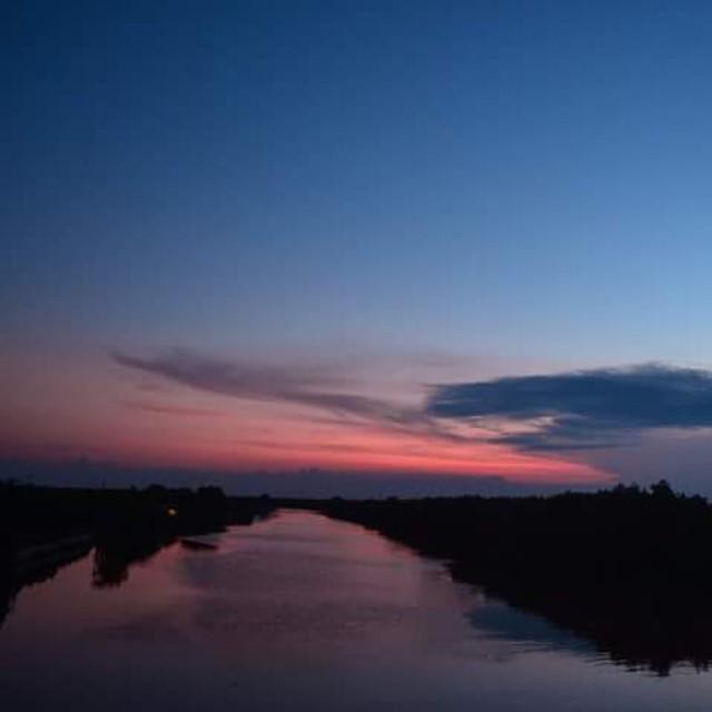 Masih dari Muarareja, salam hangat senja. #wisatategal #visittegal #tegal #centraljava #indonesia
